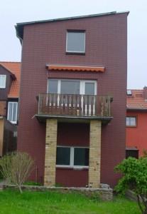 Anbau an Wohnhaus vor der Instandsetzung