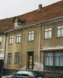 Wohn- und Geschäftshaus Malchow Güstrower Str. vor der Instandsetzung